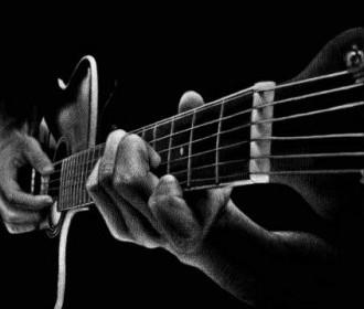 guitar_hands_m